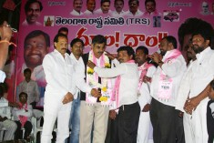 Konda Vishweshwar Reddy attends Dhoom Dham at Yellama Banda Sherlingampally (3)