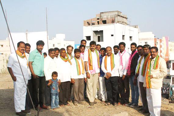 Konda Vishweshwar Redyy visits ManiKonda Temple Mallanna kalyanamahotsavam at Manikonda(3)