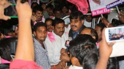Party Members Received Konda Vishweshar Reddy in Air Port Feb-24-14 (12)