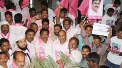 Party Members Received Konda Vishweshar Reddy in Air Port Feb-24-14 (2)