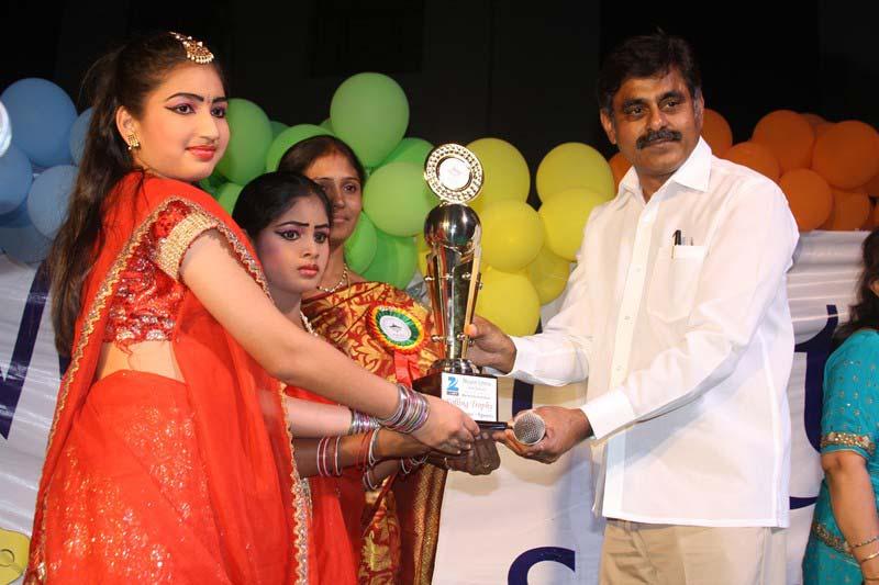 Konda Vishweshwar Reddy attends Annual Day funcion at Mount Litera Zee School (1)