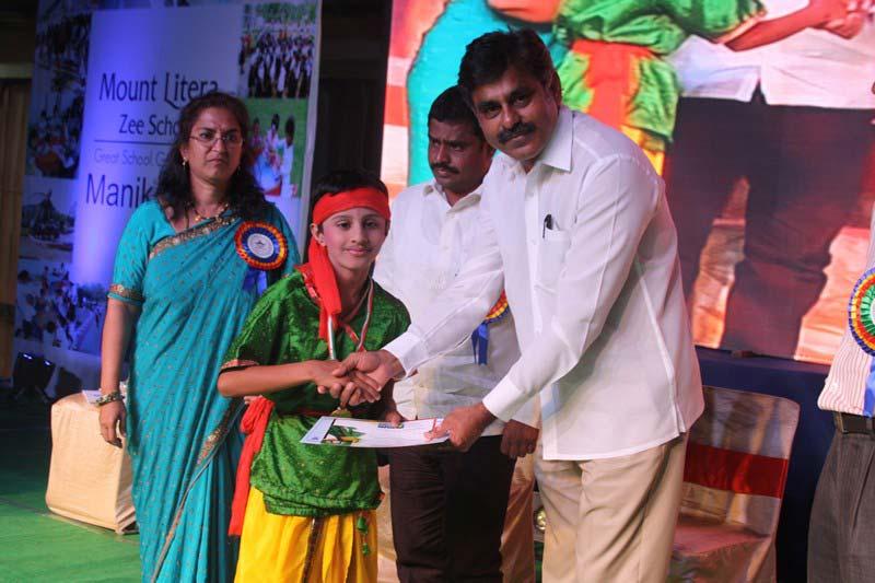 Konda Vishweshwar Reddy attends Annual Day funcion at Mount Litera Zee School (3)