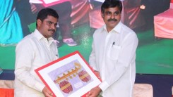 Konda Vishweshwar Reddy attends Annual Day funcion at Mount Litera Zee School (8)