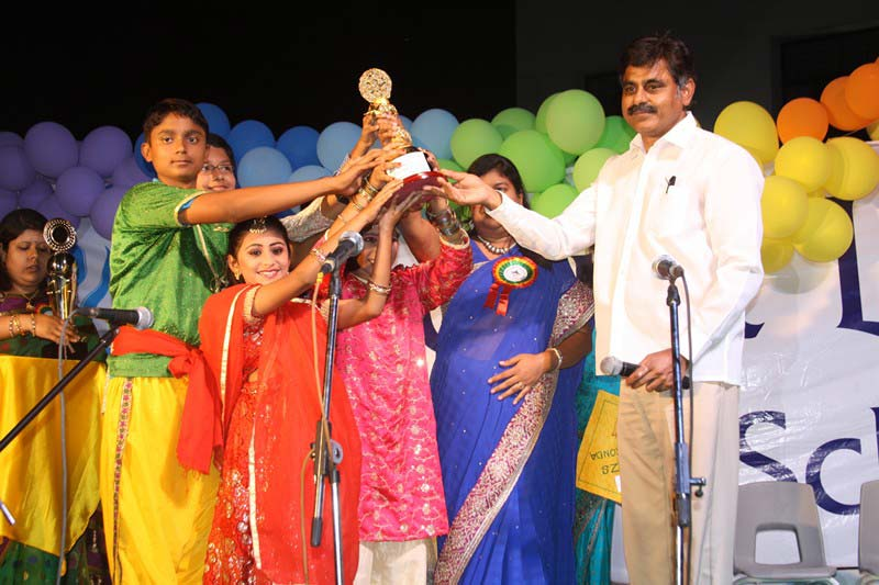Konda Vishweshwar Reddy attends Annual Day funcion at Mount Litera Zee School (9)