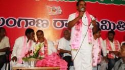 Konda Vishweshwar Reddy attends Shankarpally members joining in to the TRs party at TRS Bhavan