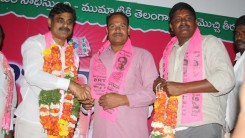 Konda Vishweshwar Reddy attends Sherlingampally RMP Doctors Union and Rajaka Sangam members Join in TRS party at TRS Bhavan 2
