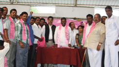 Konda Vishweshwar Reddy attends Telangana Reconstruction&Youth Meeting Pargi 06 March14 (7)