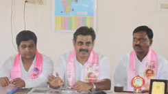Konda Vishweshwar Reddy attends press meet at Vikarabad 245x138