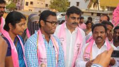 Konda Vishweshwar Reddy in Vikarabad local body election campaign (2)