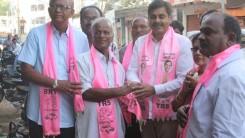 Konda Vishweshwar Reddy participates in Tandur Municipal Election Campaign (1)