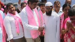 Konda Vishweshwar Reddy participates in Tandur Municipal Election Campaign (12)