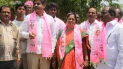 Konda Vishweshwar Reddy participates in Tandur Municipal Election Campaign (15)