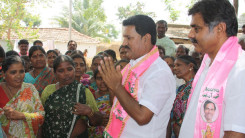 Konda Vishweshwar Reddy participates interaction with Kethireddy pally Villagers 11