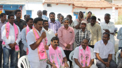 Konda Vishweshwar Reddy participates interaction with Kethireddy pally Villagers 3