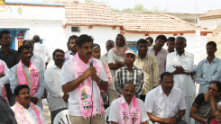 Konda Vishweshwar Reddy participates interaction with Kethireddy pally Villagers 4
