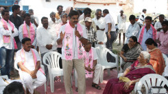 Konda Vishweshwar Reddy participates interaction with Kethireddy pally Villagers 5