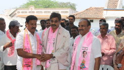 Konda Vishweshwar Reddy participates interaction with Kethireddy pally Villagers 7
