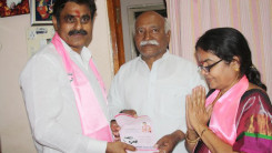 Konda Vishweshwar Reddy participates tandur local body election campaign  (1)