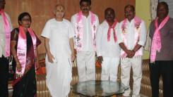 Konda Vishweshwar Reddy participates tandur local body election campaign  (3)