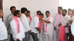 Konda Vishweshwar Reddy welcomes members into the party at Gaganpahad 1