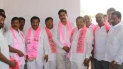 Konda Vishweshwar Reddy welcomes members into the party at Gaganpahad 3