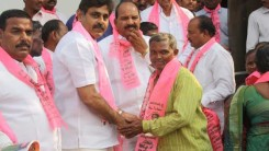 Konda Vishweshwar Reddy welcomes new members into the party 6