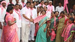 Konda Vishweshwar Reddy welcomes new members into the party 7
