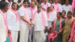 Konda Vishweshwar Reddy welcomes new members into the party 8