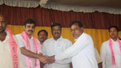 Konda Vishweshwar Reddy welcome's new members into the party at Vikarabad 10