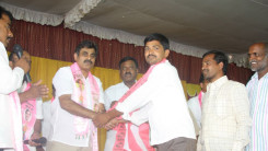 Konda Vishweshwar Reddy welcome's new members into the party at Vikarabad 3