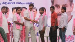 Konda Vishweshwar Reddy welcomes new members into the party at office.jpg (2)