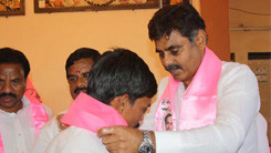 Konda Vishweshwar Reddy welcoming members into the party at Kismathpur 245x138