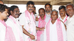 Konda Vishweshwar Reddy Inaugurating TRS Party office in Shankarpally 245x138