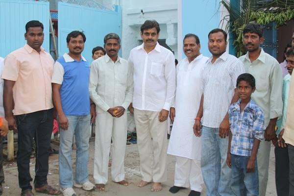Konda Vishweshwar Reddy visited Chilukur Balaji Temple 5