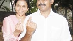 Konda Vishweshwar Reddy _ Sangita Reddy Casting their Votes 2